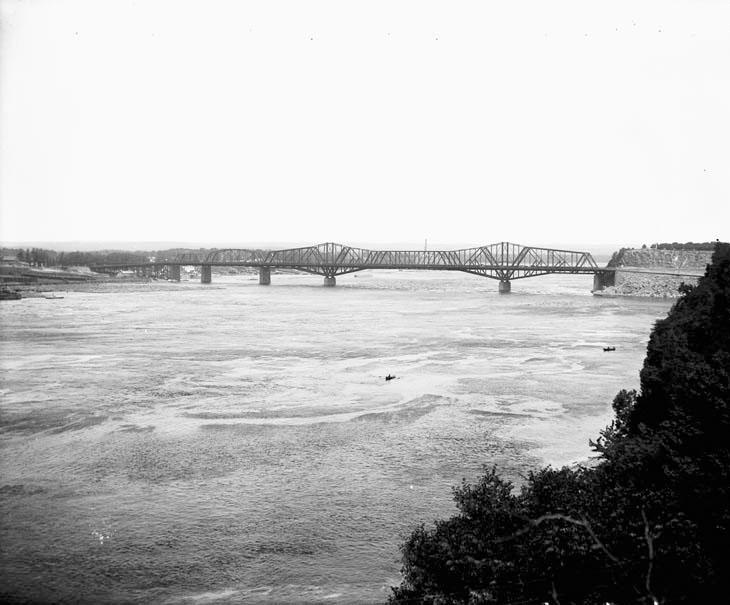 Alexandra Bridge From Kent Street-1