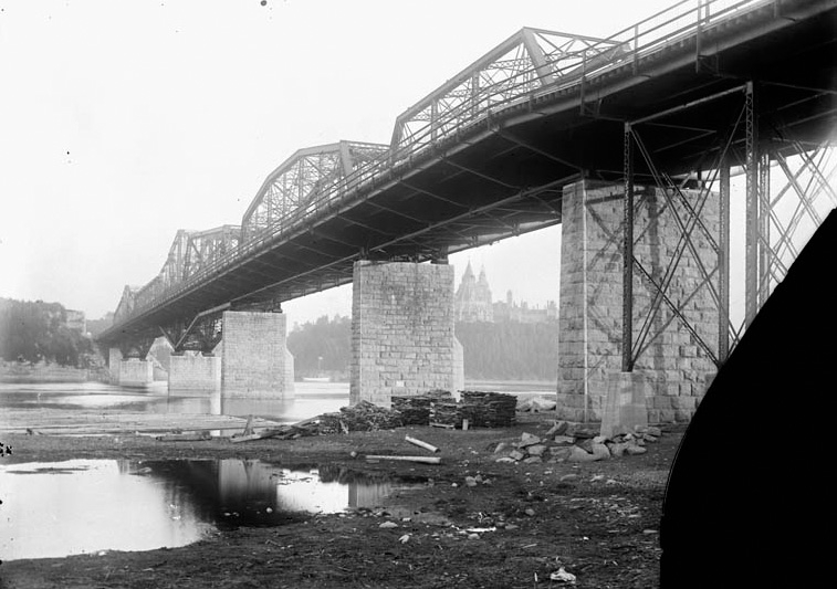 Alexandra-Bridge-jcp-1-1900