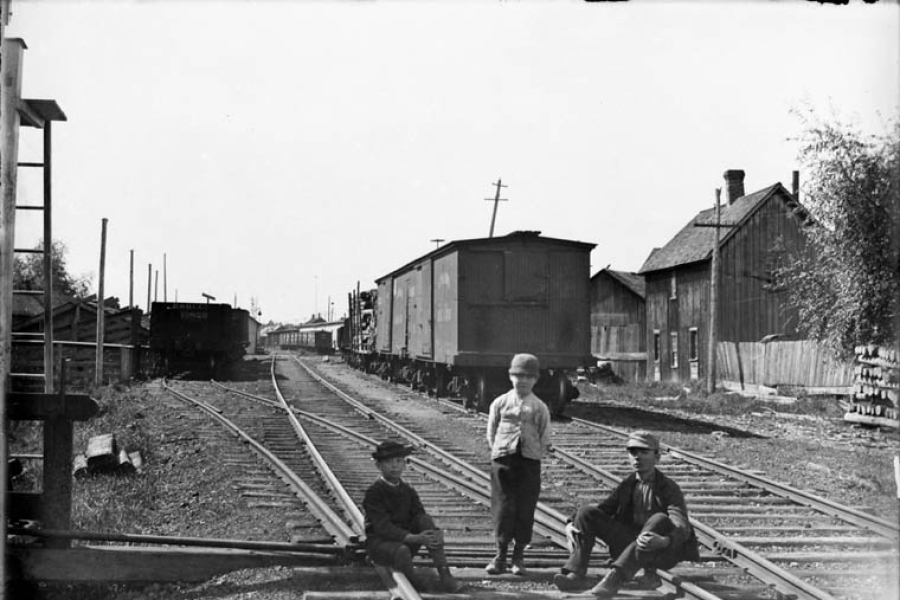 Bob Purdy and other boys on the Canada Atlantic Railway line