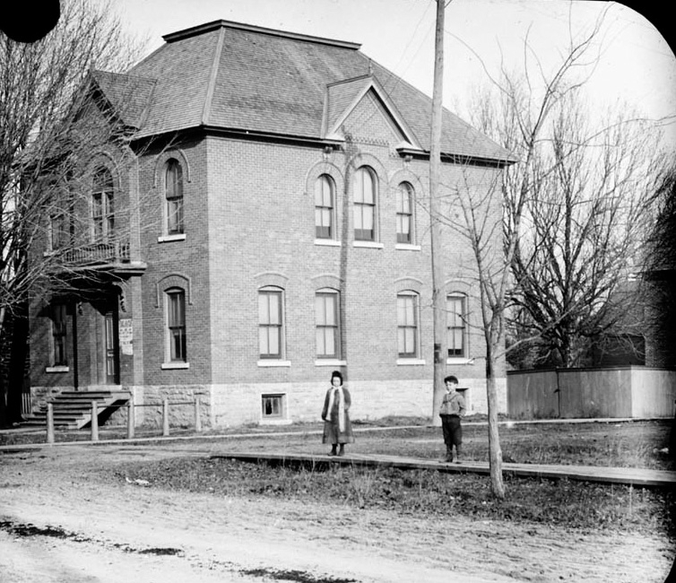 TownHall-1-1901