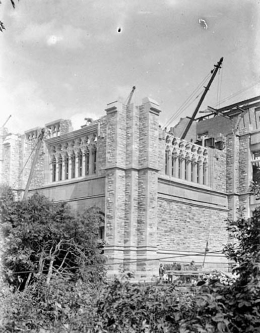 Building Victoria Museum - 3 - Apr 1899-1