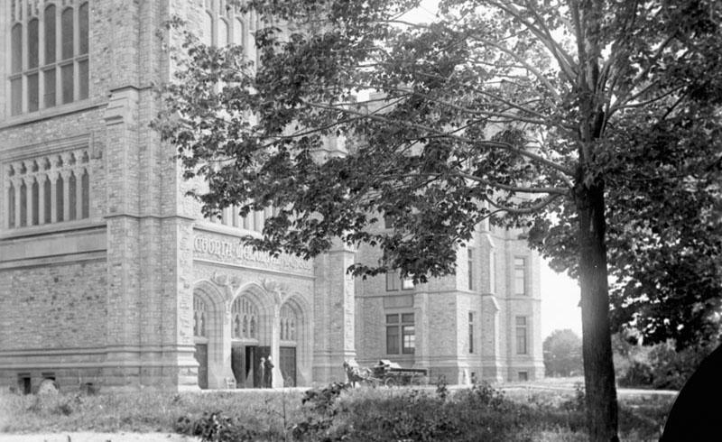 Victoria Memorial Museum - 2 - Topley - 1911-1