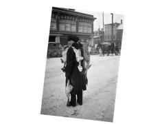 ManWithChickens-Boyd-1929-a-3