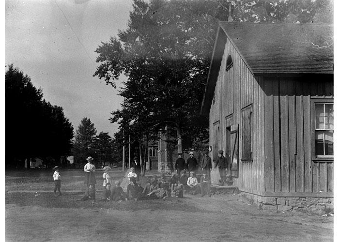 PublicSchool17-1900