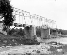 RailwayBridgeHogsback-1892-b-1