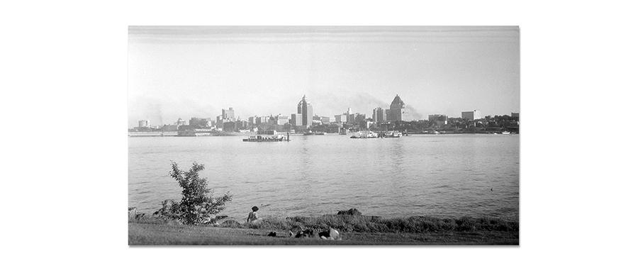 SkylineFromStanleyPark-1950-3-1