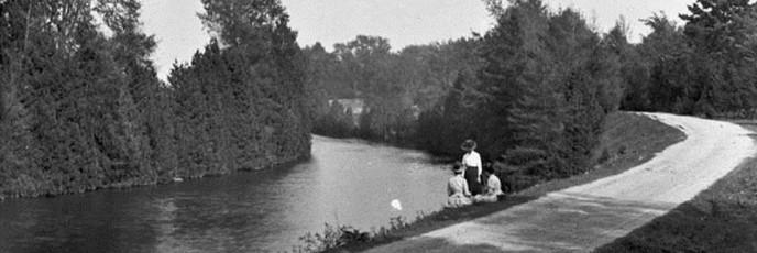 CanalAboveSwingBridge-1891