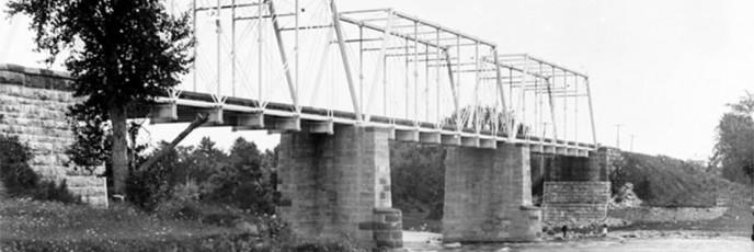 RailwayBridgeHogsback-1892-c-1